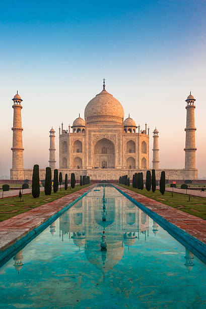 Taj Mahal, Agra, India Taj Mahal, Agra, India agra stock pictures, royalty-free photos & images