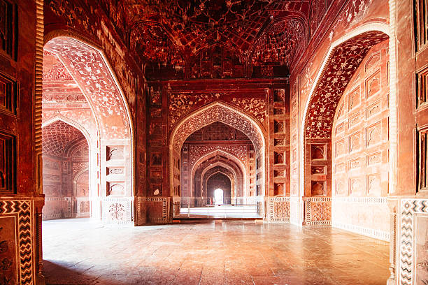 taj mahal mosque india - tapınak stok fotoğraflar ve resimler