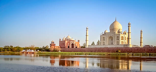 Taj Mahal Taj Mahal - mausoleum at Agra in northern India, a UNESCO World Heritage Site agra stock pictures, royalty-free photos & images