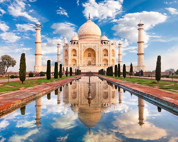 Taj Mahal Sunrise Taj Mahal in morning light. Located in Agra, India. taj mahal stock pictures, royalty-free photos & images