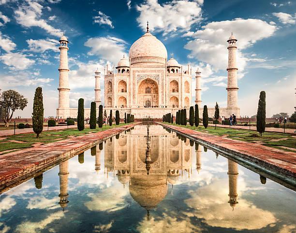 Taj Mahal Sunrise Taj Mahal in morning light. Located in Agra, India. agra stock pictures, royalty-free photos & images