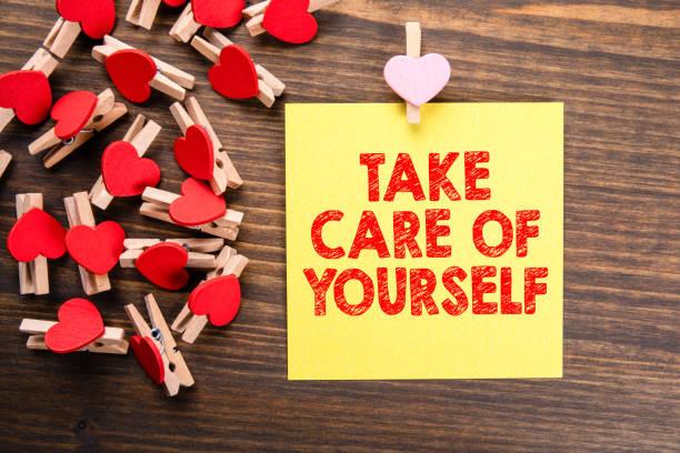 Pass auf dich auf. Gesundes Lifestyle-, Sicherheits-, Renten- und Finanzkonzept – Foto