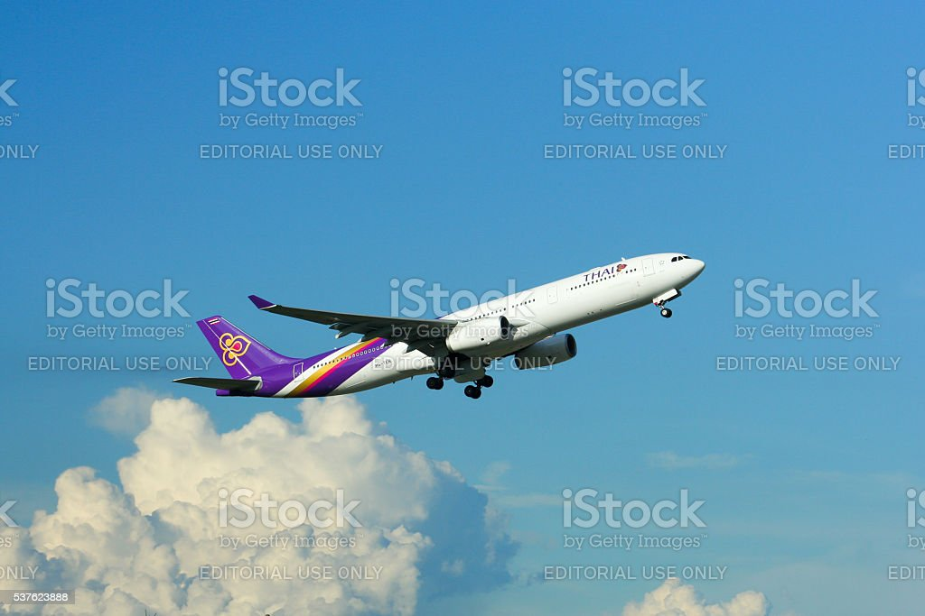 A330 Take off from Chiangmai stock photo