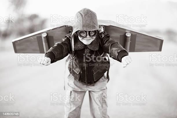 Take off picture id143920745?b=1&k=6&m=143920745&s=612x612&h=ffttpphwrdhxxb yb0gv2qqz6bw4ocvakqv5blfm h0=