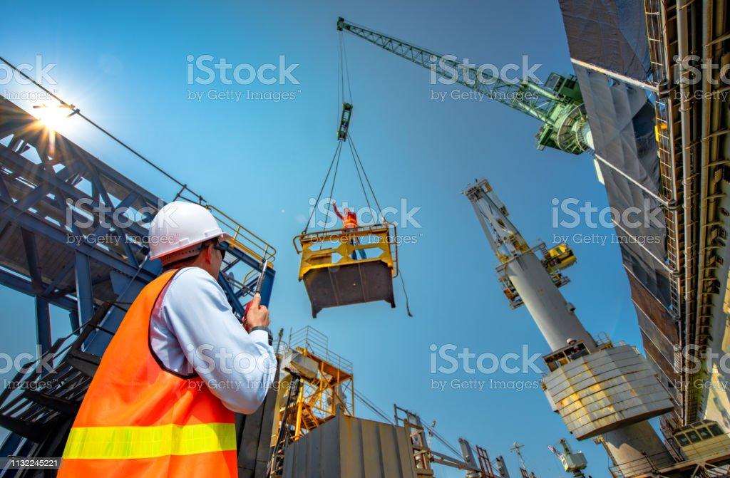 직장에서 위험을 감수 - 로열티 프리 건설 산업 스톡 사진