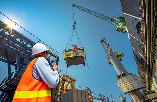 직장에서 위험을 감수 건설 산업에 대한 스톡 사진 및 기타 이미지