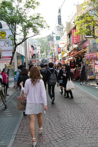 takeshita street in harajuku - tokyo cosplay stock-fotos und bilder