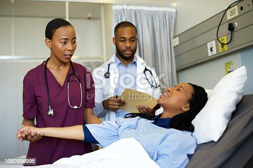 941439642istockphoto Taking care of the pain 1092696998