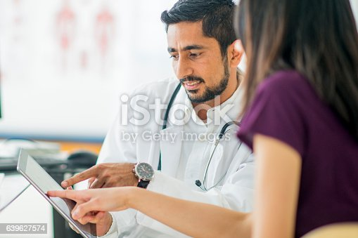 istock Talking About a Treatment Option 639627574