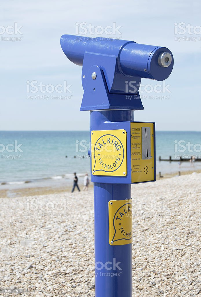 Rozmowa Teleskop. Bognor Regis Beach. West Sussex. Anglia – zdjęcie