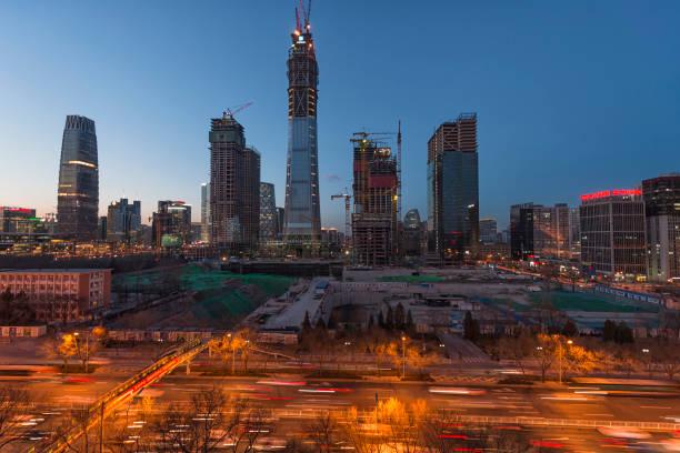 Hochhäuser im Bau und Krane in Beijing Cbd von china – Foto