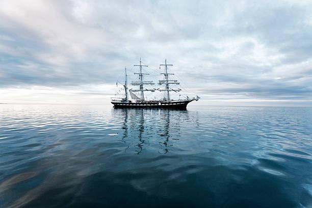 tall ship - 18e eeuw stockfoto's en -beelden