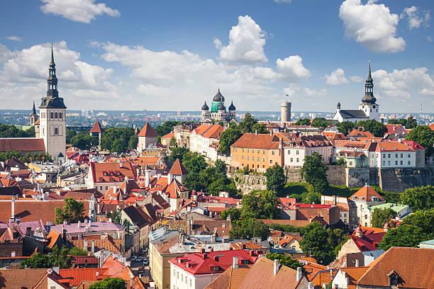 Tallinn Vue aérienne de la vieille ville sur la ville - Photo