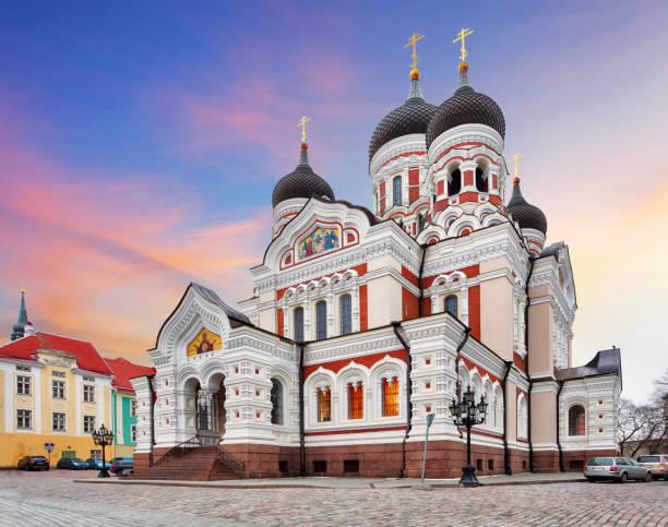 tallinn, alexander nevsky katedrali, estonya - estonya stok fotoğraflar ve resimler