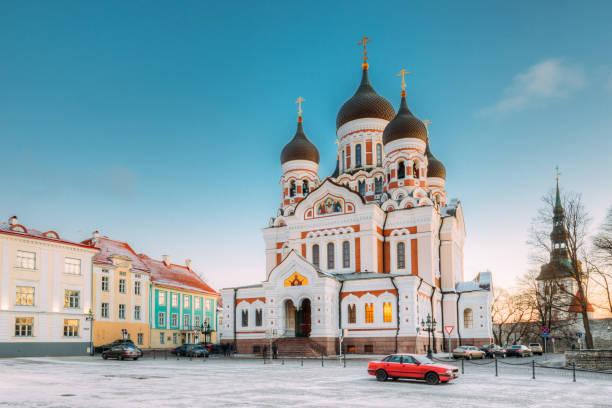 tallinn, estonya. sabah görünümünü alexander nevsky katedrali. ünlü ortodoks katedrali tallinn'ın en büyük ve görkemli ortodoks kubbe katedral olduğunu. popüler landmark. unesco - estonya stok fotoğraflar ve resimler