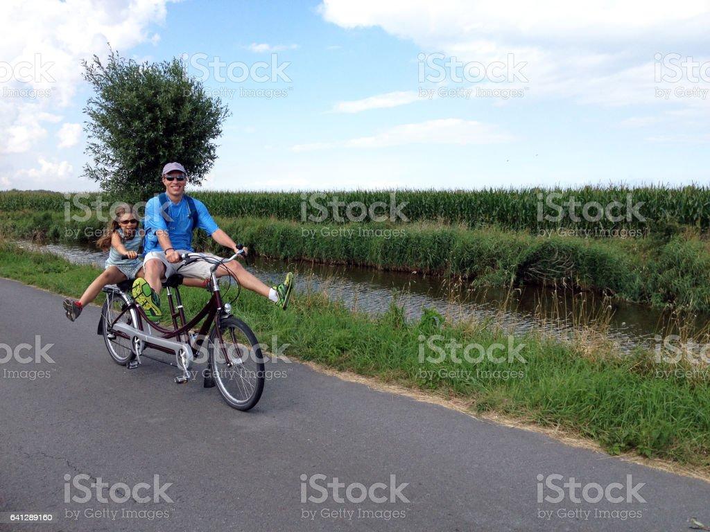 tandem biking – Foto