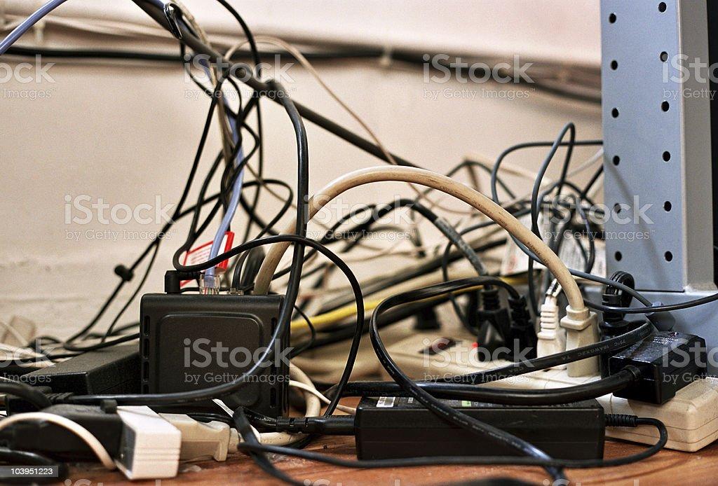 Enrolados imagem-fios e cabos de cabos de alimentação - foto de acervo