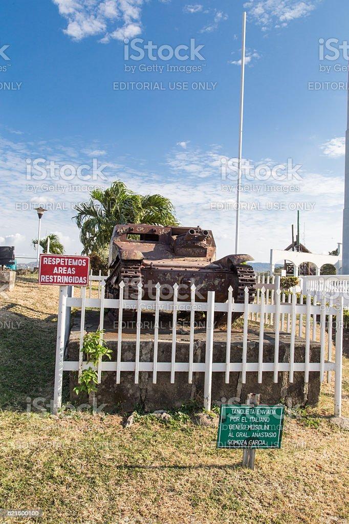 tank in Laguna de Tiscapa from Managua, Nicaragua. Lizenzfreies stock-foto