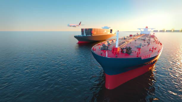 Cisterna de carga y aviones en el mar. - foto de stock