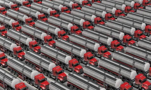 Tankwagen diagonal ausgerichtet auf der Straße – Foto