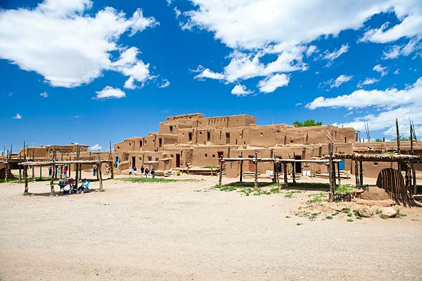 taos pueblo new mexico america - native american reservation stock photos and pictures