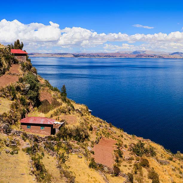 タキーレ島にチチカカ湖、ペルー - タキーレ島 ストックフォトと画像