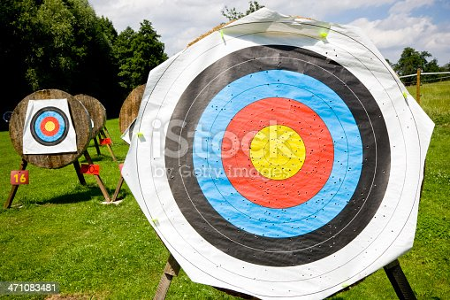 istock Targets Bow and Arrow 471083481