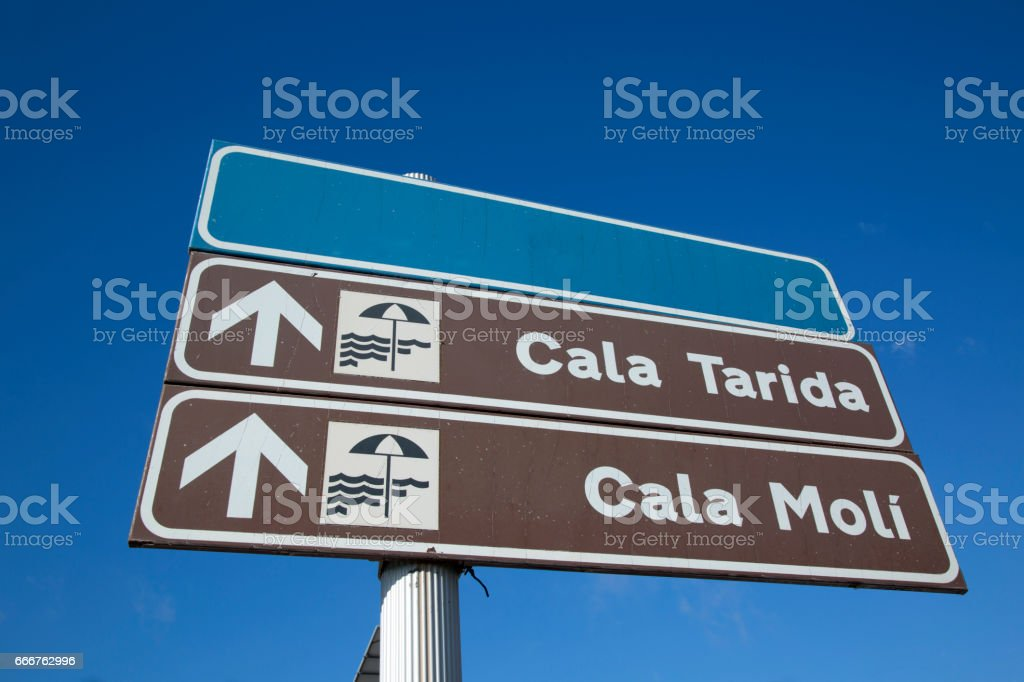 Tarida and Moli Coves Sign, Ibiza foto stock royalty-free