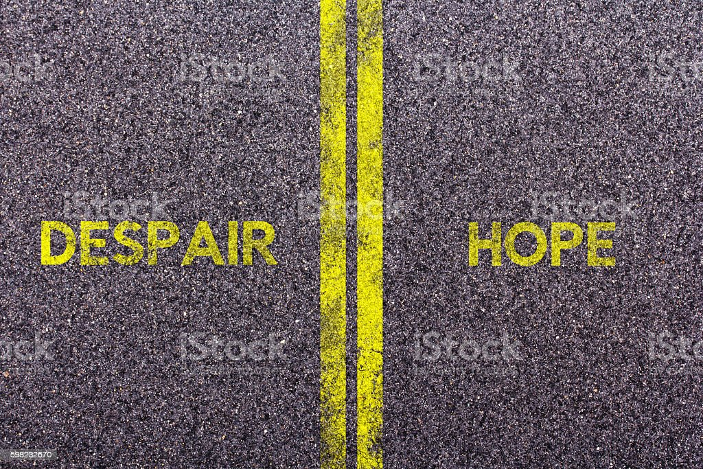 Tarmac with the words hope and despair foto royalty-free