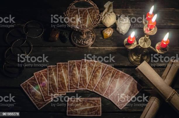 Tarot cards picture id961955278?b=1&k=6&m=961955278&s=612x612&h=izwsnaii3yszm3 hr 6dvkthdzy jyuwewgta8fbzfo=