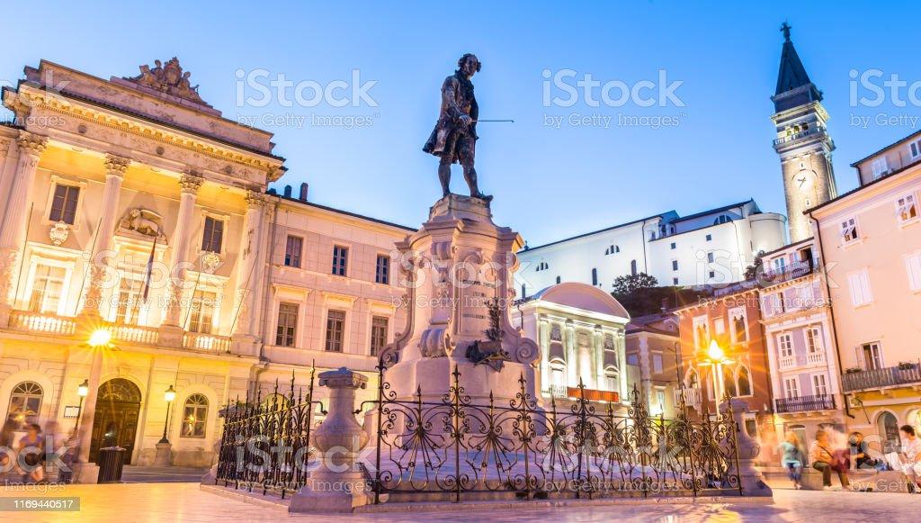 Tartini-Platz in der alten touristischen Kostung senden mediterranen Stadt Piran, Slowenien. - Lizenzfrei Adriatisches Meer Stock-Foto