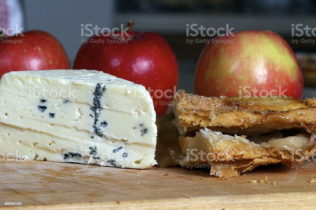 Taste of Cheese and Apples royaltyfri bildbanksbilder