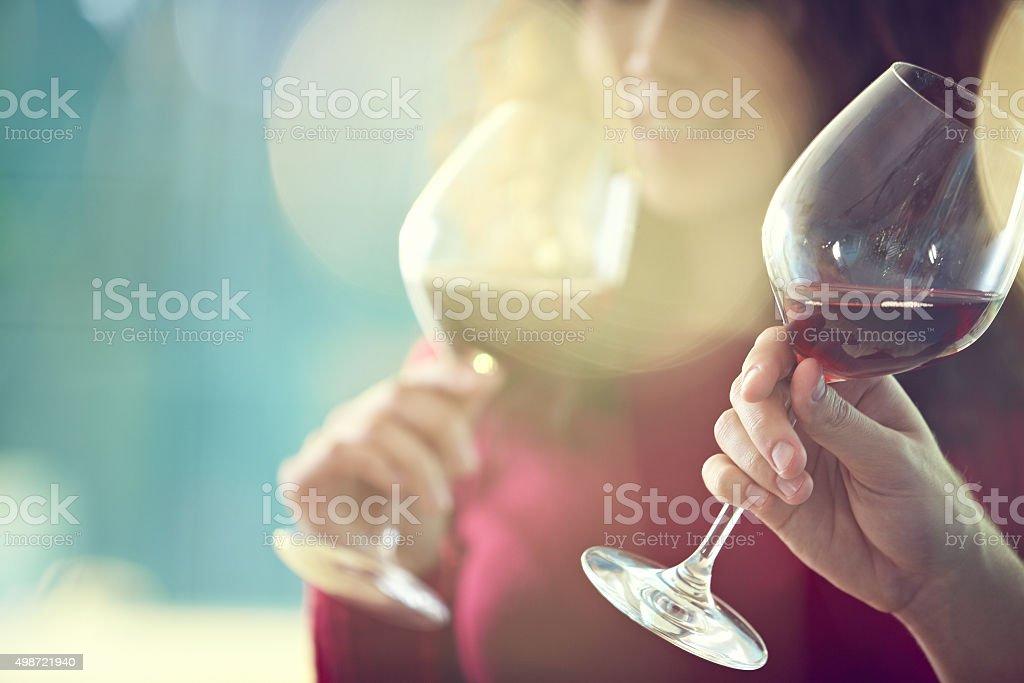 Degustação de vinho tinto - foto de acervo