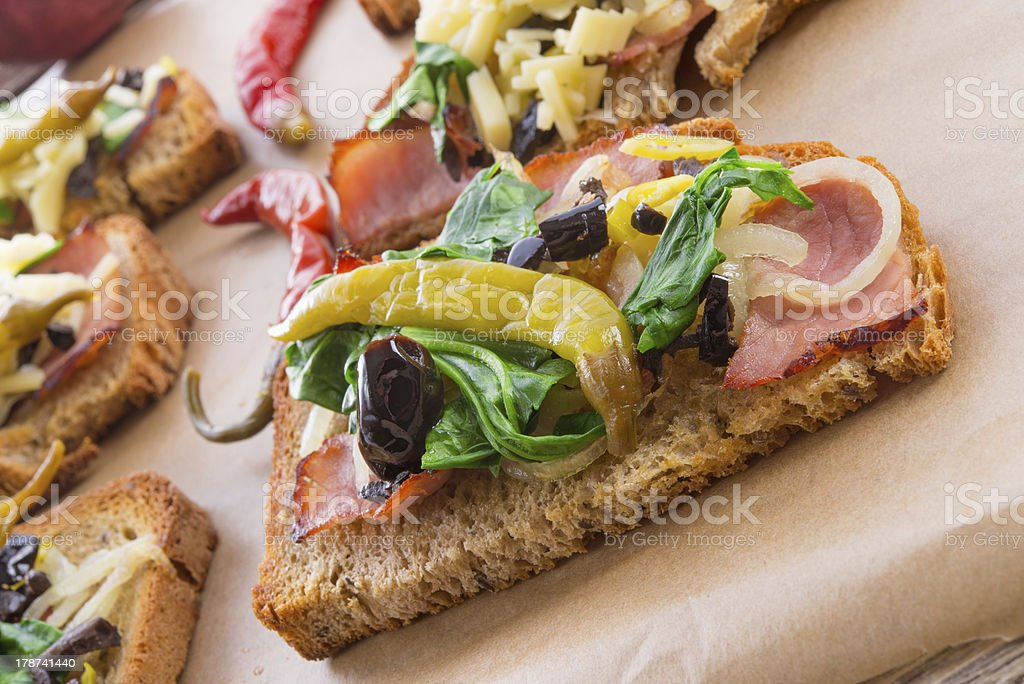tasty appetizer of cheese and chives on sliced bread royalty-free stock photo