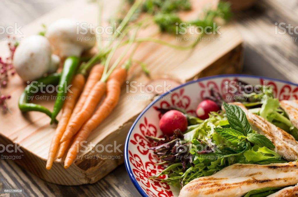 Tasty Grilled Chicken Salad foto de stock royalty-free