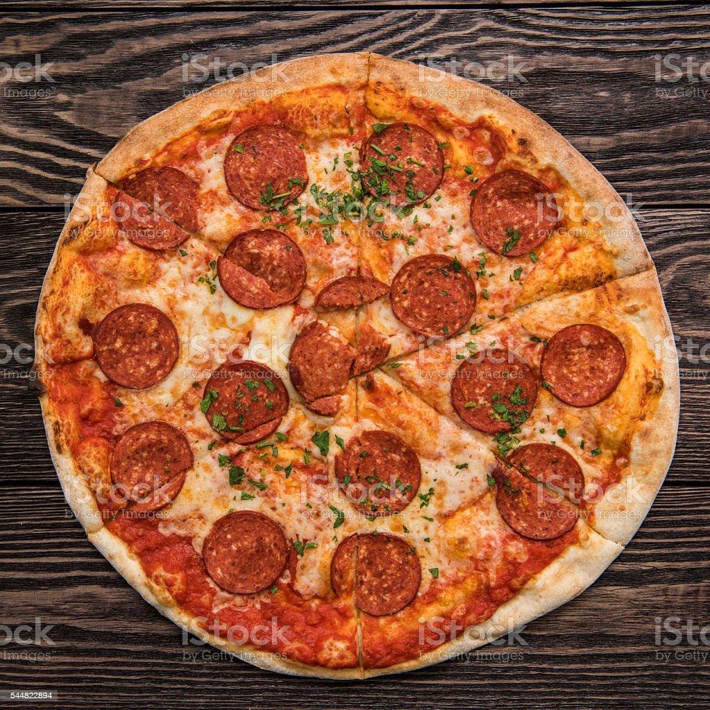 Leckere pepperoni pizza – Foto