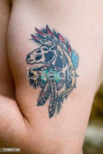 Tatuaż Na Biceps Konia Mans Rękę Stockowe Zdjęcia I Więcej Obrazów