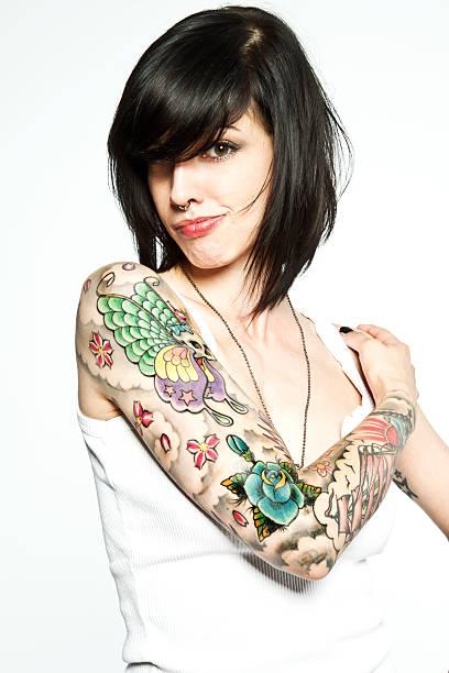 tätowierung - tattoos frauen arm stock-fotos und bilder