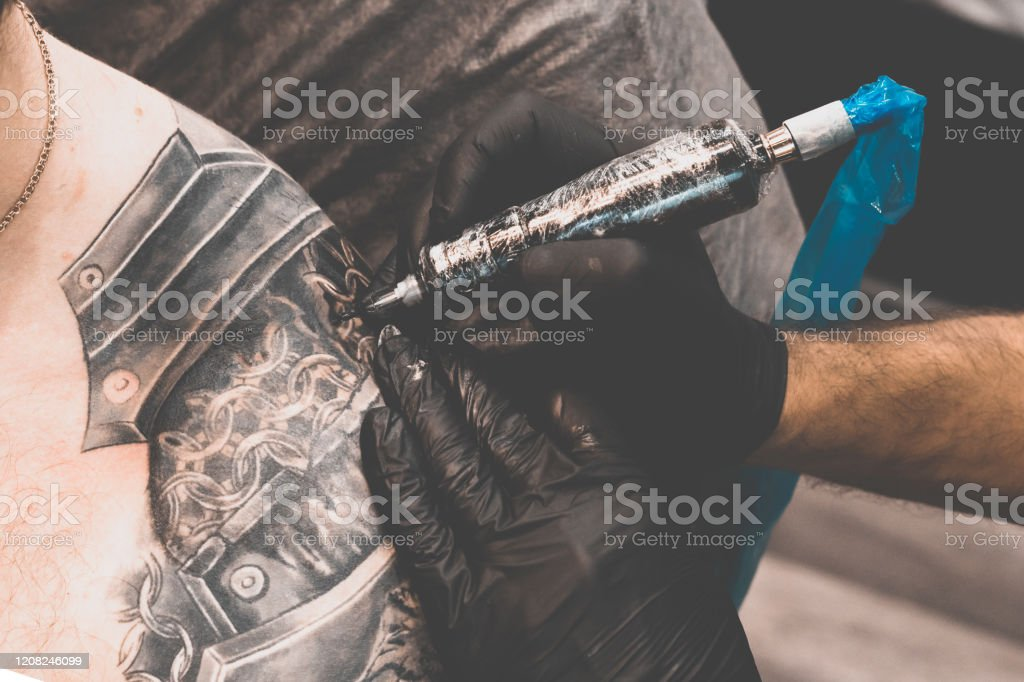 Schulter tattoo mann