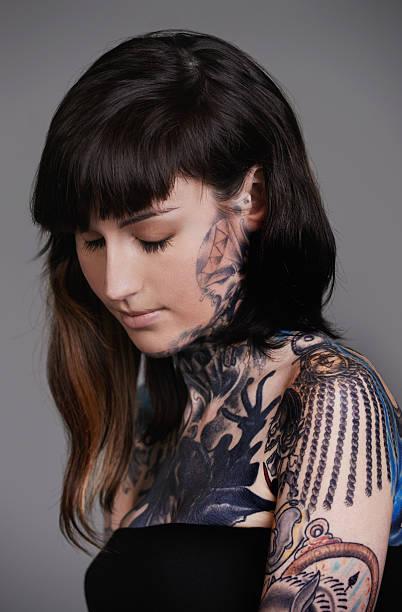 tätowierungen sind, welche gefühle wie - tattoo ideen stock-fotos und bilder