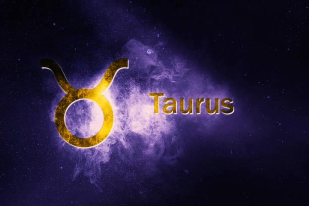 toros astroloji işareti. soyut gece gökyüzü arka plan - boğa hayvan stok fotoğraflar ve resimler