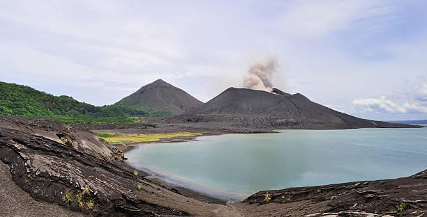 Tavurvur Vulkan, Rabaul, Papua-Neuguinea – Foto