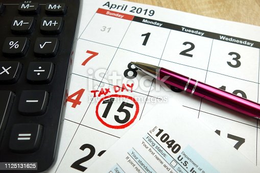 istock Tax day 1125131625