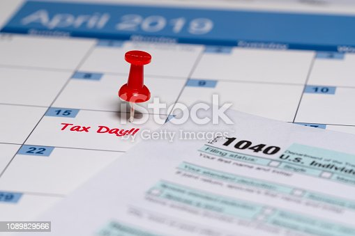 istock Tax Day reminder for April 15 on calendar 1089829566