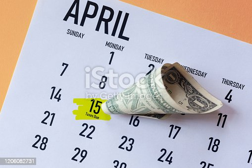 1185240988 istock photo Tax due, Tax day 2020 1206082731