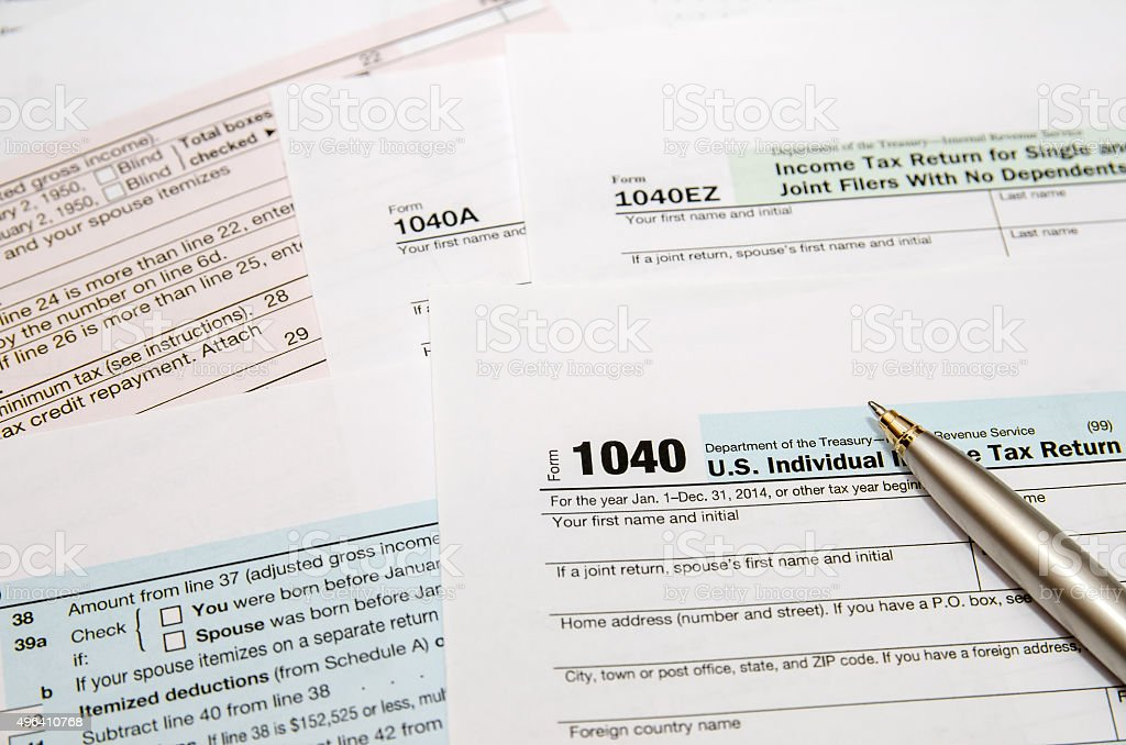 Tax Form 1040 Closeup Stock Photo - Download Image Now - iStock