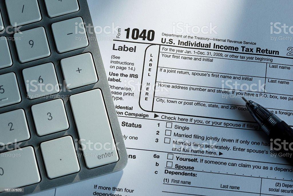 1040 Tax Form & Calculator stock photo