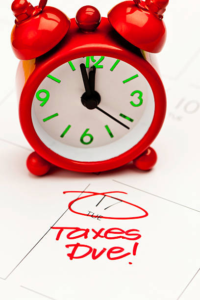 Taxes Due! Reminder that US takes are due on April 17, in 2012 12 17 months stock pictures, royalty-free photos & images