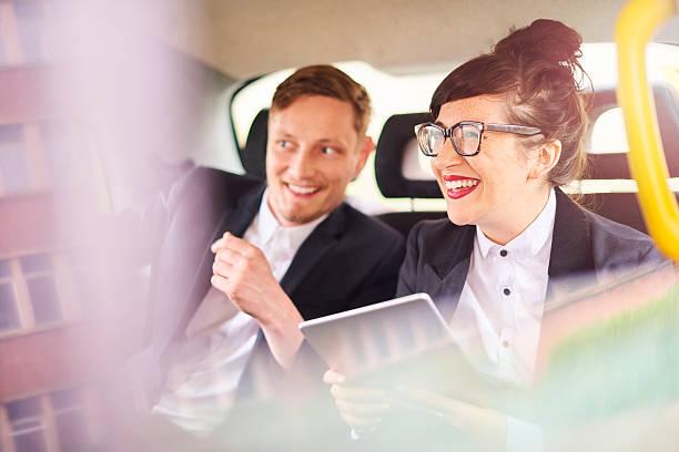 taxi business couple - foto de stock