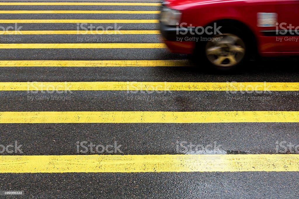 Taxi an der Kreuzung – Foto